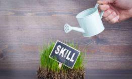 كيف تكتسب اي مهارة في حياتك | المراحل الأربعة لاكتساب المهارات الحياتية
