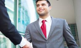 كيف تصبح مندوب مبيعات ناجح | دليل شامل